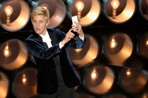 Ellen taking a selfie on the night of the Oscars